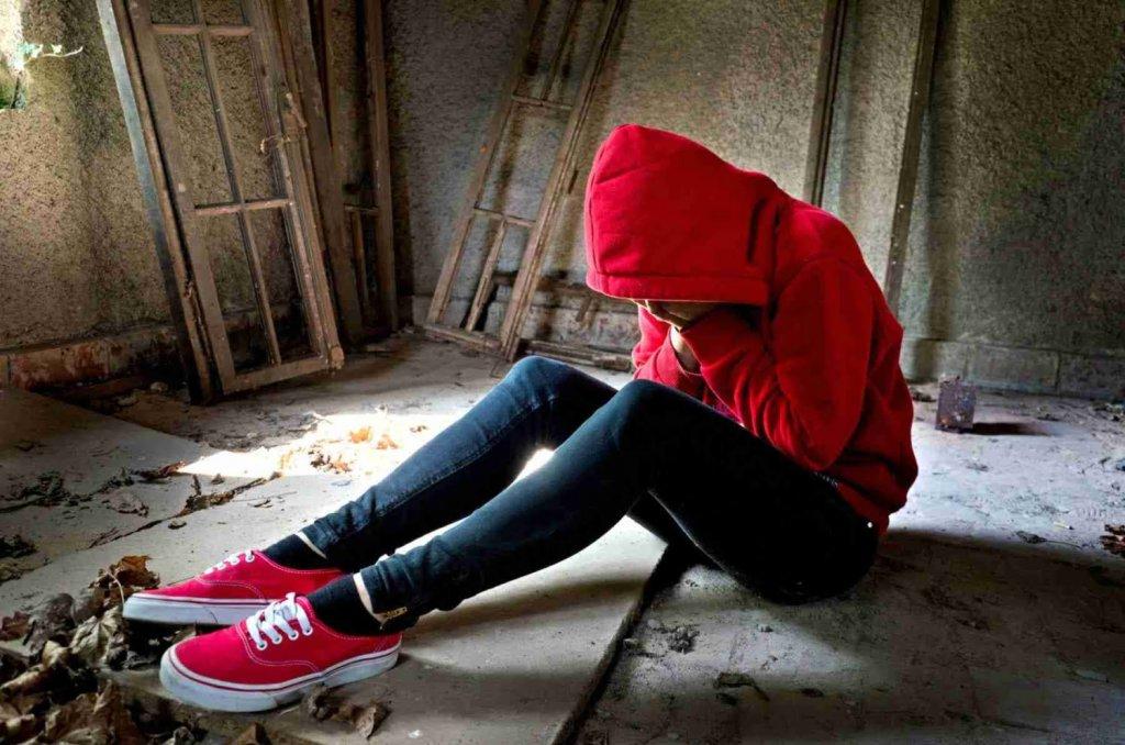 اعتیاد در نوجوانان و ترک فوری توسط خانواده 1