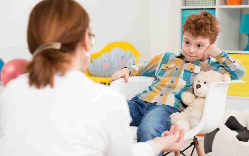 رفتار با کودک در سنین مختلف چگونه باید باشد؟ 1